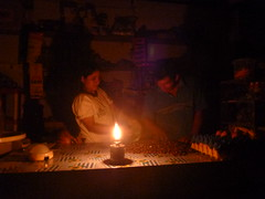 """PowerMundo Distributor Emerson illuminating a shop in Pucallpa with diesel fuel • <a style=""""font-size:0.8em;"""" href=""""http://www.flickr.com/photos/69507798@N03/13540630613/"""" target=""""_blank"""">View on Flickr</a>"""