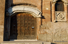 "Casa dei Crescenzi • <a style=""font-size:0.8em;"" href=""http://www.flickr.com/photos/89679026@N00/6413859505/"" target=""_blank"">View on Flickr</a>"