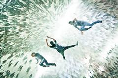 Lost In A Cloud (Cornelli2010) Tags: people motion berlin art moving arty kunst dream surreal menschen bewegung bubble blase hamburgerbahnhof kunstwerk traum bewegen canon500d sigma1020 tomssaraceno rebelt1i cloudcities