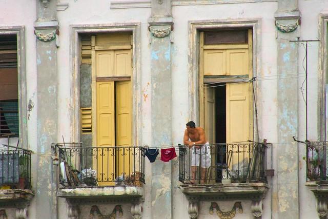 balcony havana cuba laundry