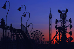 _MDG1564 (NikonDigifan) Tags: sunset nikon spokane fair explore nik countyfair d300 amusementrides colorefexpro