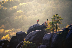 on top (Dennis_F) Tags: autumn light people sun fall nature colors berg rock zeiss germany landscape deutschland schweiz switzerland evening colorful sony herbst natur sachsen fels climber fullframe dslr landschaft bunt saxon climbers farben 135mm schsische schsischeschweiz abends sonnenlicht 13518 a850 sonyalpha kletterer sonydslr vollformat cz135 zeiss135 dslra850 sonya850 sonyalpha850 alpha850 sony135 sonycz135