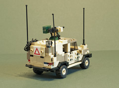 C404 Wolfhound AMPV (Al-Dabir) (2) (Aleksander Stein) Tags: light volvo desert lego military vehicle peacekeeping purpose patrol multi iveco wolfhound sentry armoured tactical ndc rws c404 m226 ampv aldabir