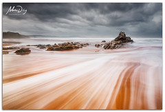 Trails (alonsodr) Tags: longexposure beach seascapes sony playa filter reverse alpha alonso bizkaia euskadi vizcaya graduated inverso marinas pasvasco carlzeiss filtro sopelana largaexposicin degradado nd8 a900 alonsodr gnd8 alonsodaz alpha900 cz1635mm