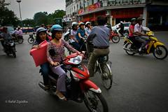 Street view in Hanoi (rafax1977) Tags: life street old city travel people food bike kids canon asian town kid asia vietnamese traffic traditional chinese scooter vietnam communism motorbike rush vendor motor local tradition hanoi streetfood lively totalitarism
