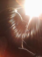 (Shanda Panda) Tags: warmth cellphone resting contemplation sunflare shanda sooc