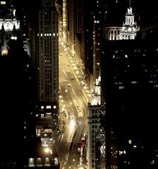 Chicago  ~ drinkin' champagne and feelin' no pain (oriana.italy) Tags: chicago us illinois nightshot streetshot potawatomi somethingspecial thewindycity orianaitaly alwaysexc img1966square superbigot