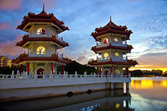 Singapore Chinese Garden Pagoda (Kenny Teo (zoompict)) Tags: china bridge blue light sunset sky cloud news reflection building tower tourism water beautiful skyline architecture night sunrise canon wonderful garden lens landscape temple pagoda photo yahoo google scenery photographer waterfront view walk chinese wave tourist best getty kenny bestphotographer singaporechinesegarden zoompict eos5dmark2 kennyteo singaporelowerpiercereservoir