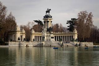 Madrid - Janvier 2012 - Parc du Retiro - Monument to Alfonso XII