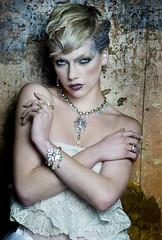 Sophie Harley. (Gemma Sutton) Tags: sophie harley jewellery fashionjewellery gemmasutton fashionmakeup goldmakeup sophieharley katymcgee jodebanzie