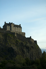 Edinburgh Castle (albinobobman) Tags: city cliff green castle scotland rocks edinburgh historic cliffside
