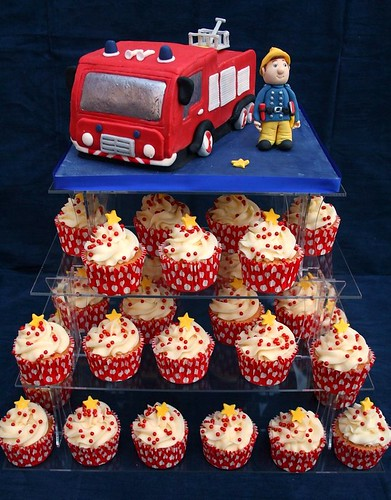 Fireman Sam birthday cake and vanilla cupcakes