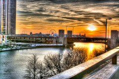 Sunrise over Navy Pier (DavidSDavis71) Tags: chicago sunrise pier navy hdr