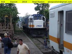 Bicol Commuter Train - Sipocot (alcogoodwin) Tags: philippines railway passengers commuter locomotive passenger bicol philippine philippinenationalrailways pnr sipocot philippinerailwayshistoricalsociety