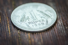coin series (Angelo Petrozza) Tags: macro zeiss one coin focus pentax rupee moneta rupie karlzeiss100macroplanart