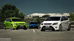 Focus RS Group 'V' (Mitch Hemming) Tags: blue white green ford photography focus flash mitch automotive turbo rs hemming mhemming rsgroup