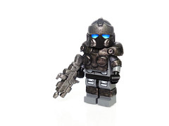 Gears of War 3 - Clayton Carmine ([N]atsty) Tags: 3 war lego clayton hazel ama minifig gears accurate carmine minifigure brickwarrior