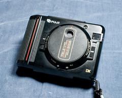 20111210_006  FUJI TW-3 Half flame format camera. (peter-rabbit) Tags: 50mm nikon fuji f14 halfframe nikkor tw3 富士 halfframecamera ニコン フジ f14g d700 nikond700 ハーフサイズカメラ afsnikkor50mmf14g nikkor50mmf14g takenin2011 フリーマーケットで300円で購入 ツイング