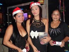20111217_105 (Subic) Tags: people bars philippines filipina frgc