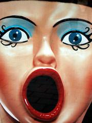 Julia Ceasar (josephzohn | flickr) Tags: reklam affischer docka mun juliusceasar ögon uppblåsbar folkoperan juliaceasar