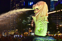 Merlion (chooyutshing) Tags: celebration merlion marinabay merlionpark singaporecountdown 20112012