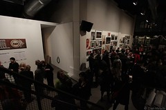 Dan Meade: Feast Your Eyes: Crowd #3672 (Dan Meade) Tags: show nyc newyork brooklyn canon gallery texas crowd wide dumbo wideangle books bbq exhibit arena reception 7d gothamist openingnight powerhouse lookers canonefs1022mmf3545usm nyph newyorkphotofestival manicamerican txq