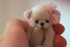 LOOVE (Aya_27) Tags: bear pink ted love ingrid amazing teddy sweet handmade mini tiny bow orginal minaiture ellerybears
