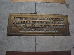 f 0993 England - London - Palace of Westminster - Westminster Hall (eewolff) Tags: england london westminster hall thehousesofparliament thepalaceofwestminster palacewestminster august192011 nearthisspotatthekingsbenchatthesouthendofthehall tookplacethetrialofsirwilliamwallacethescottishpatriotonmonday 23rdaugust1305