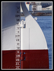 10/366 - Rudder of the Barken Viking (Flubie) Tags: gteborg harbour gothenburg project365 vivitar90mm project366 3652012 2012yip 2012inphotos 365the2012edition