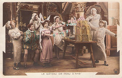 Le Gateau de Peau d'ane or The Cake of Donkey Skin (Truus, Bob & Jan too!) Tags: france film cake fairytale vintage french postcard movies colored coloured français charlesperrault gateau pathé donkeyskin peaudane earlycinema contesdefées