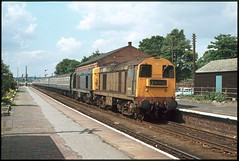 20170 & 20037 Sleaford 13Aug78 (david.hayes77) Tags: 20037 20170 sleaford class20 thejollyfisherman