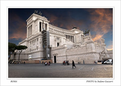 ALTARE DELLA PATRIA (Folgazza) Tags: show nyc travel sunset italy roma nature phoenix beauty photoshop photography photo nikon europa europe italia colours tour shot photos live super 180 coolpix firenze siena toscana rosso venezia colori d300 cs3 cs4 massamarittima follonica tuscani viaggiare p6000 2485 passionphotography blinkagain