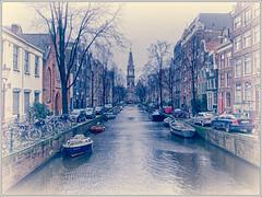 Amsterdam (Jos Dielis) Tags: bridge winter friends urban water amsterdam season canal ship kanaal brug vrienden steden gracht seizoen woonboot