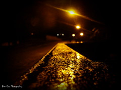 Berkhamsted, Northbridge road. (Ben Cox Photography) Tags: street light macro wet rain night droplets railing