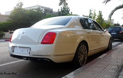 speed ! (karim.bentoudja) Tags: white cars car speed spur flying continental super voiture morocco maroc marrakech casablanca expensive blanc lux supercar luxe bentley voitures rabat supercars flyingspur luxcar