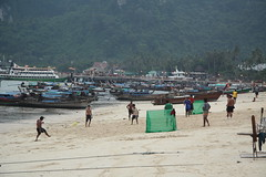 Low tide and soccer (Cheshire Cat's Friend) Tags: people beach fun thailand boats island football teams sand play phiphi soccer tide low match koh mygearandme blinkagain