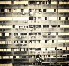 Urbanismo. (Pablo Bauz) Tags: blanco uruguay negro urbano montevideo norte viviendas malvin euskalerria monocromatico