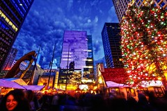 ChristKindlMarket (Don Ritt Photography) Tags: christmas chicago shopping holidays cityscape christmastree picasso hdr daleyplaza christkindlmarket