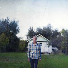 Mad world. (David Talley) Tags: texture grass vintage abandonedhouse kansas 365project davidtalley joeribosma