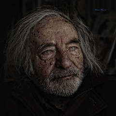 the painter (1927-2012) (Franco Marconi) Tags: portrait italy pen lens europe italia gallery olympus panasonic painter 17 pancake 20mm cinematic olympuspen ritratto asph marche franco marconi ascoli ep1  lemarche ascolipiceno piceno pittore f17 aspherical 2011 m43 grottammare  olympusep1 penep1 20mmf17 lumixg20mmf17 francomarconi lumixg20mm g20mmf17 guidovenieri