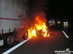 Tdlicher Unfall A3 Limburg/Elz 10.12.11 (Wiesbaden112.de) Tags: feuer feuerwehr limburg unfall elz flammen tdlich verkehrsunfall auffahrunfall