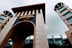 Just About To Drizzle (Primum Non Nocere) Tags: park rain singapore tour gloomy gates entrance theme universalstudios sentosaisland drizzling resortsworld