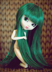 Mizuki (_Lalaith_) Tags: new york red ny sexy green dark doll long open lips wig l pullip haute mizuki sbh lalaith obitsu rewigged
