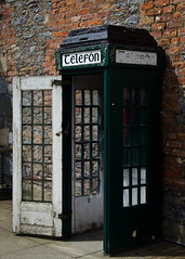 Telefon (GainesKergosien) Tags: ireland 35mm phone phonebooth telephone telefon 18105mmf3556 nikond7000 12500secatf80