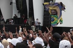 Rveillon 2012 - Shows (Visit.Rio) Tags: brazil praia brasil riodejaneiro copacabana palco praiadecopacabana afrodrigues riotur rveillon2012