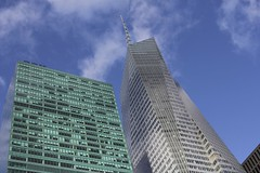 NY blue sky (Simone Lovati) Tags: winter newyork 2011
