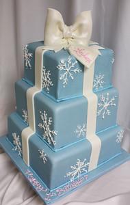 Snowflake Gift Box Cake