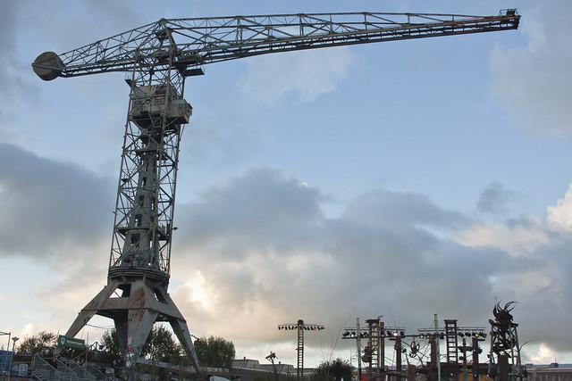 monumental crane