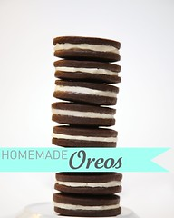 IMG_8247_p-e (sweetkiera) Tags: oreos biy homemadeoreos chocolatewafers bakeityourself vanillacreamfilling diyoreos