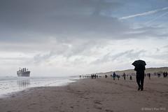 Aztec Maiden @ Wijk aan Zee 4 (Wilco Schippers) Tags: strand zee wijkaanzee vrachtschip ramptoerisme vastgelopen gestrand vlotgetrokken ramptoeristen aztecmaiden